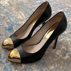Michael Kors Gold cap toe pumps. Size 8.5